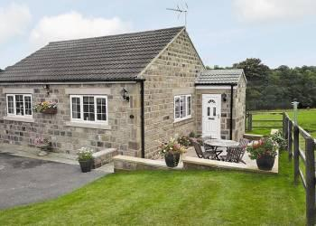 Cherry Blossom Cottage in North Yorkshire