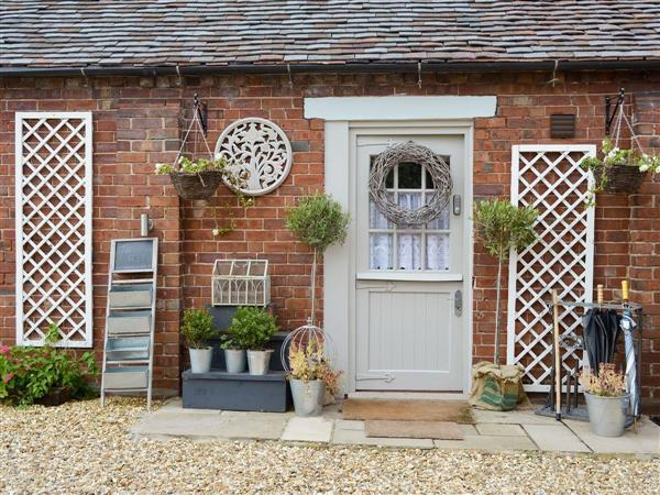 Cheshire Boutique Barns - The Nest from Cottages 4 You