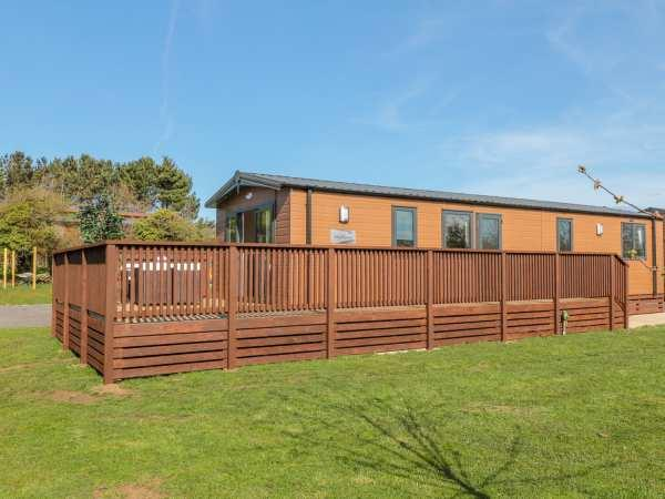 Chestnut Lodge from Sykes Holiday Cottages