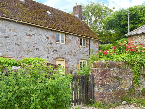 Cheverton Farm Cottage in Shorwell, Isle of Wight, Isle Of Wight