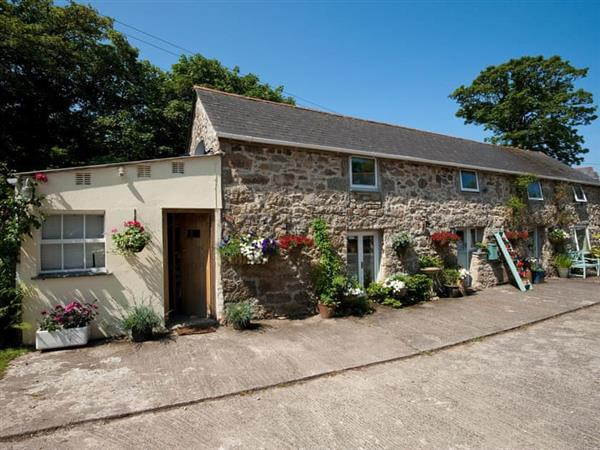 Chypons Farm - River Cottage in Cornwall