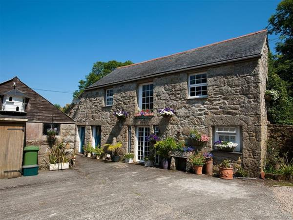 Chypons Farm - The Barn in Cornwall
