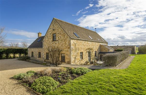 Claytons Cottage in Lower Oddington, Gloucestershire