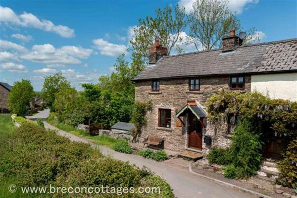 Cliers Cottage in Powys