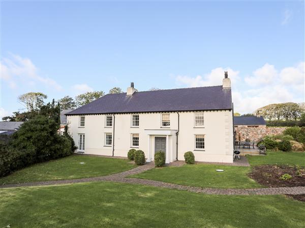 Clynnog House in Gwynedd
