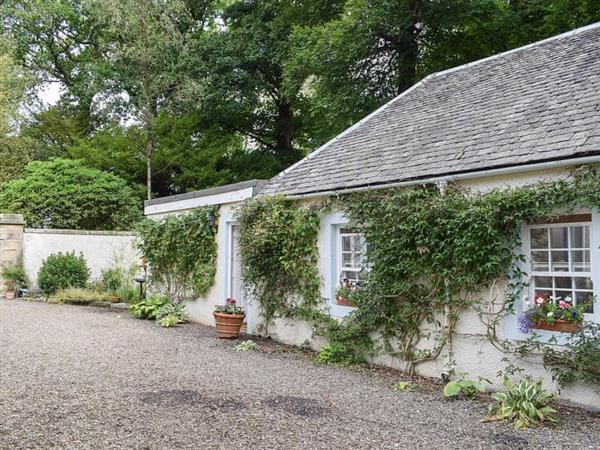 Coach Cottage in Stirlingshire