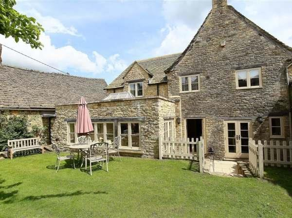 Coach House Burford in Oxfordshire
