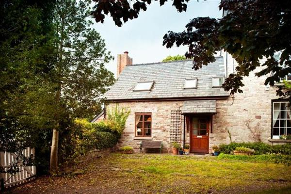 Cobblestone Cottage in Powys