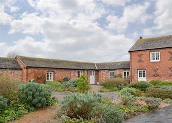 Collfryn Estate - Mill Barn in Powys