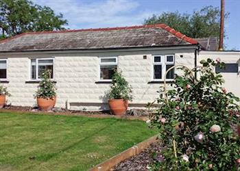 Common Farm Cottages - Common Farm Lodge in Cheshire