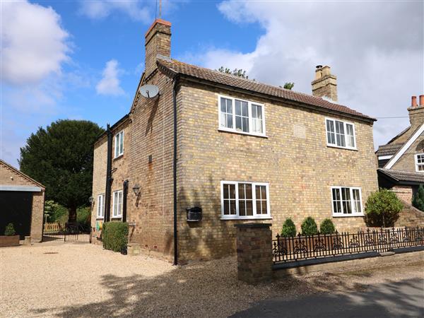 Coronation Cottage in Cambridgeshire