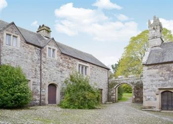 Cotehele Estate - Retainers Court in Cornwall