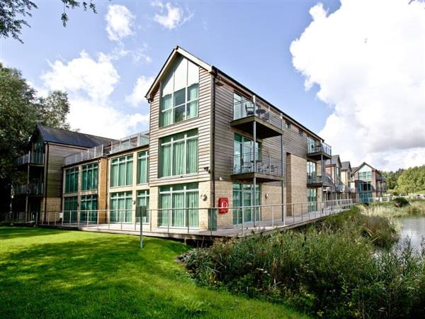 Cotswold Water Park Apartment 4 in Cirencester, Gloucestershire