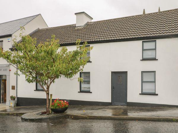 Cottage - Main Street in Mayo
