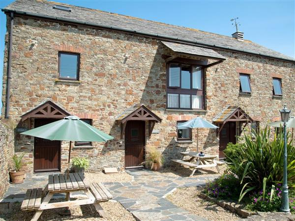 Court Farm Holidays - Stables in Cornwall
