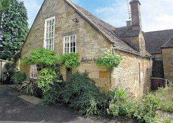 Courtyard House in Gloucestershire