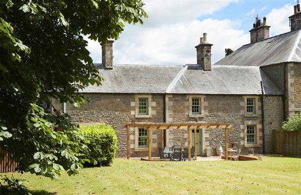 Courtyard House in Roxburghshire