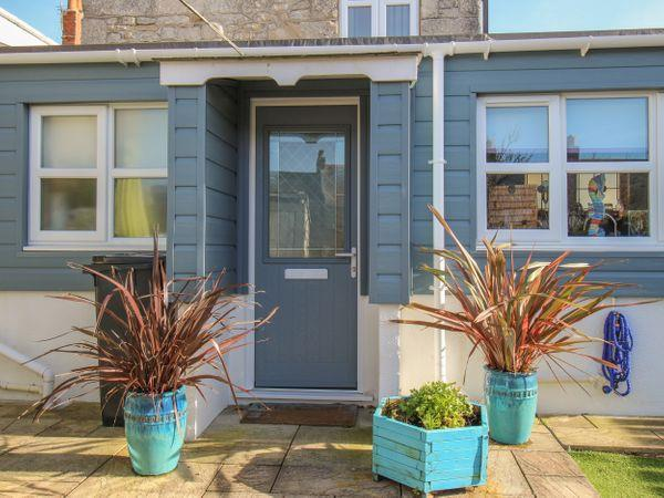 Cove Cottage Hideaway in Chiswell On Portland, Dorset