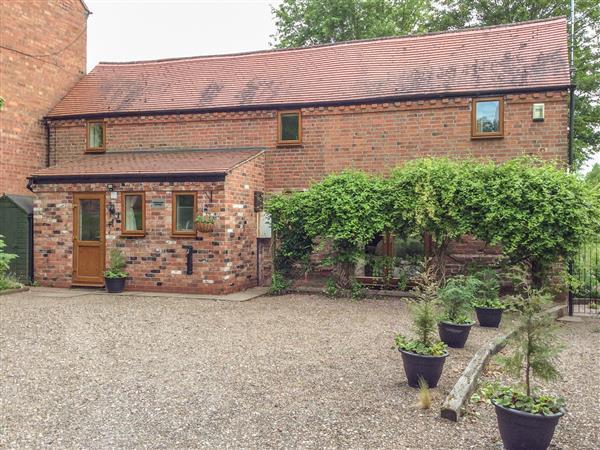 Cream Door Cottage in Worcestershire