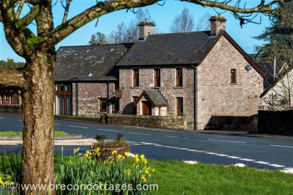 Cross House, Powys