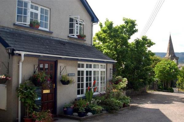 Crud-yr-awel in Powys
