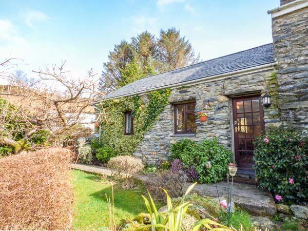 Cwm Caeth Cottage in Gwynedd