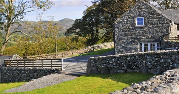 Cwm Nantcol Barn in Gwynedd
