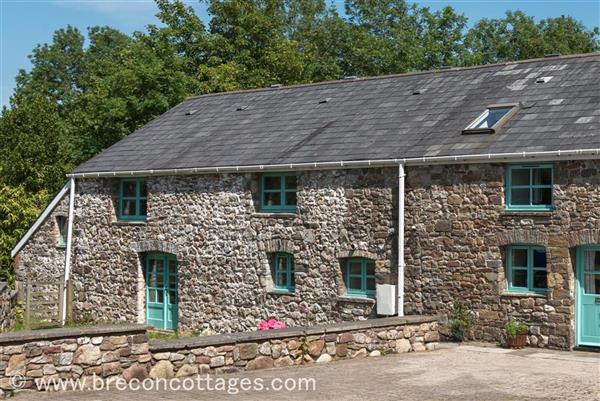 Cynwal Cottage in Cwmtwrch-Uchaf, Powys