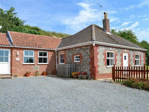 Dairy Farm Cottages - Flint Cottage in Norfolk