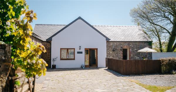 Dairymaids Cottage in West Glamorgan