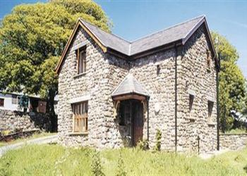 Daisy Cottage in West Glamorgan