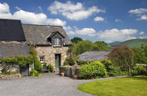 Damson Cottage in Llandefaelog Fach, Powys