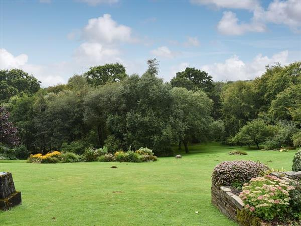 Didworthy Country House - Orchards in Didworthy, near South Brent, Devon