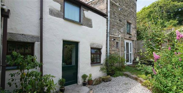 Dingley Cottage in Cornwall