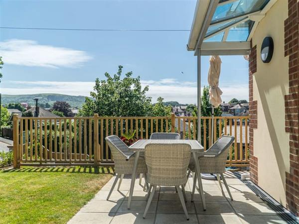 Dove Court Holiday Apartments - Cedar Apartment in Isle of Wight