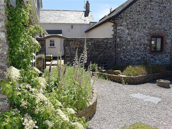 Downe Cottages - The Old Farmhouse from Cottages 4 You