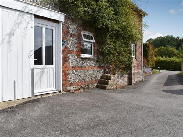 Downwood - The Stables in Near Blandford Forum, Dorset