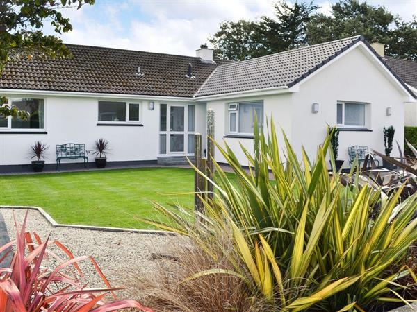 Dozmere Close from Cottages 4 You