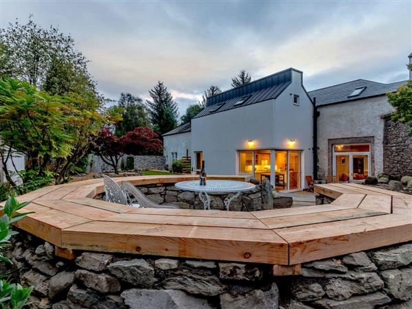 Dunira Cottages - Stable Cottage in Perthshire