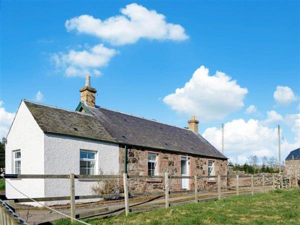 Easter Rattray Cottages: The Bothy, Blairgowrie, Perthshire