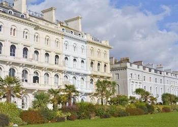 Elliott Terrace - Lady Astor Apartment in Devon