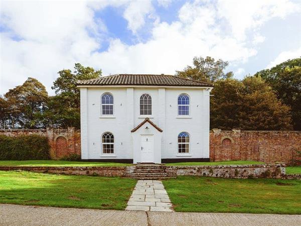 Estate Cottage in Norfolk