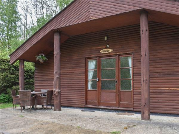 Eversleigh Woodland Lodges - Chestnut Lodge in Shadoxhurst, near Ashford, Kent