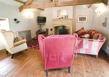 Falstone Farmhouse and Barns - Classic Opulent in Northumberland