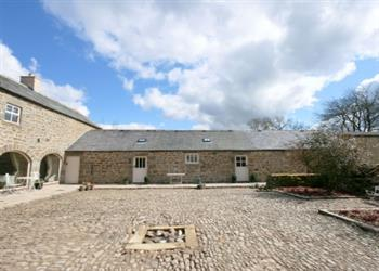 Falstone Farmhouse and Barns - The Farmhouse in Northumberland