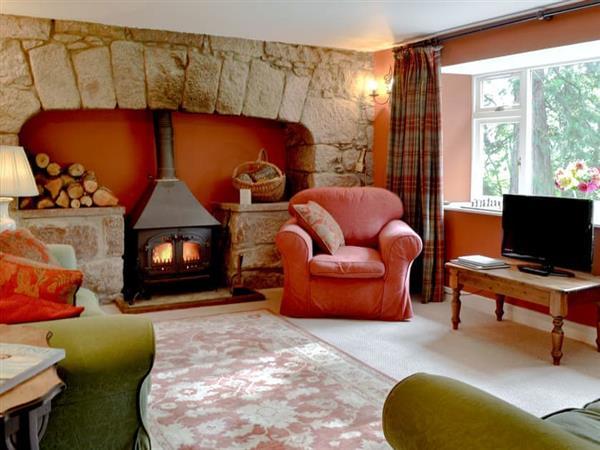 Finzean Estate Cottages - Deer Park Cottage in Finzean, near Banchory, Aberdeenshire