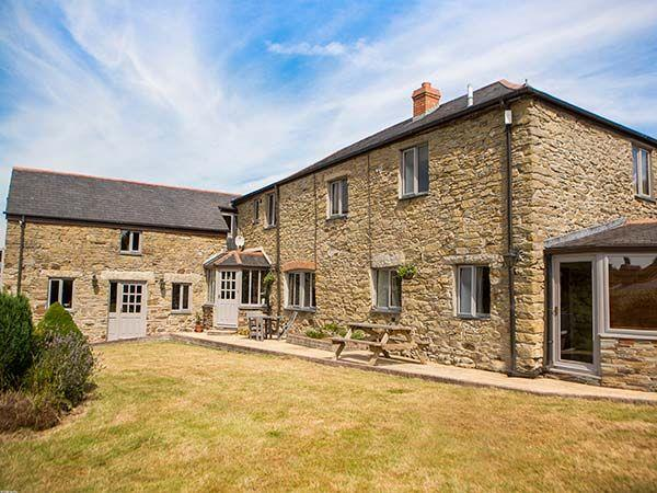 Five Elements Farmhouse in Cornwall