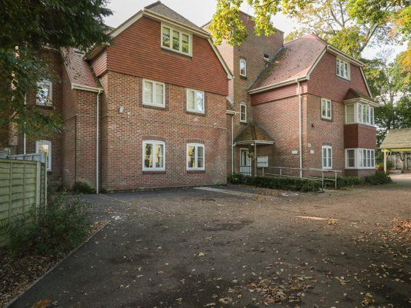 Flat 1 in Hampshire