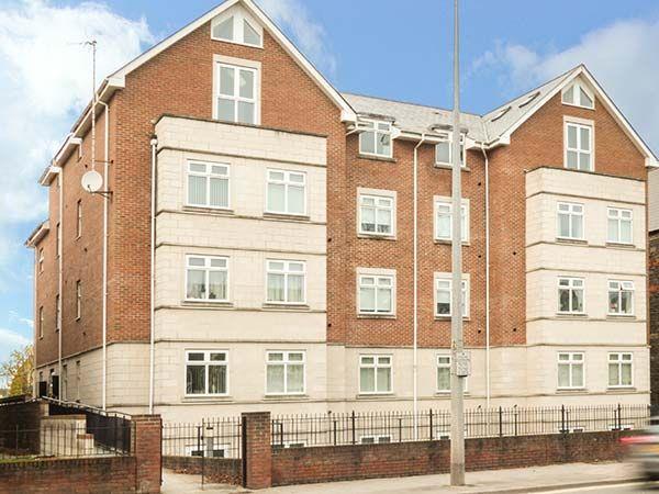 Flat 3 Ashgrove Apartments in South Glamorgan