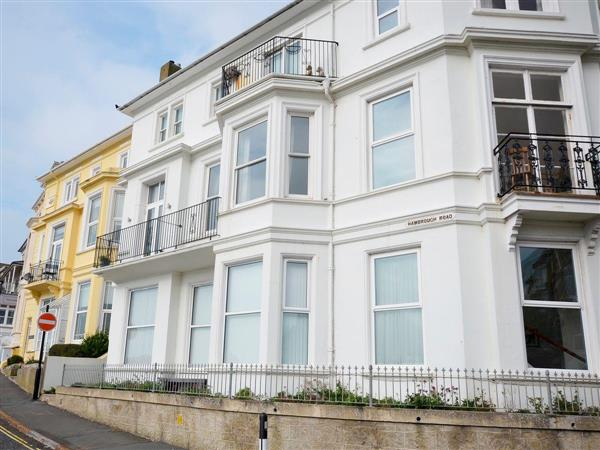 Flat 3 Elizabeth House in Isle of Wight